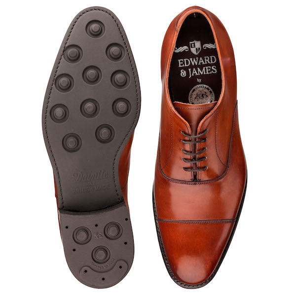 formal mens shoes photography